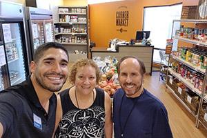 Corner Market selfie 300px
